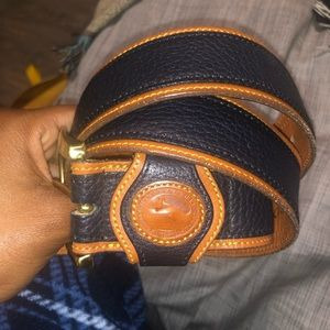AUTHENTIC Dooney and Bourne Leather Belt